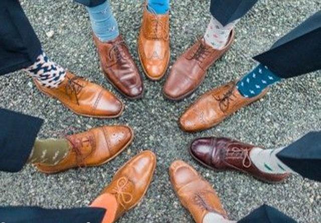 رنگ کفش مناسب کت و شلوار شما