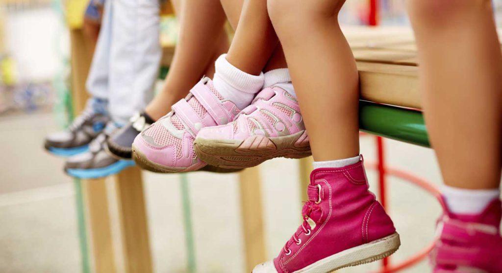 ویژگی های کفش مناسب برای کودکان