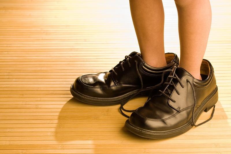 کفش شما کمی بزرگتر از پایتان باشد