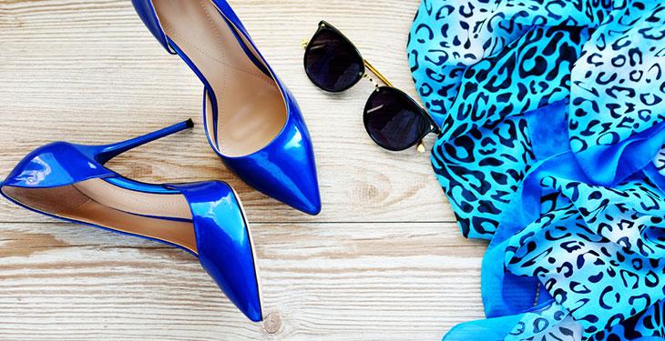 کفش و لباس