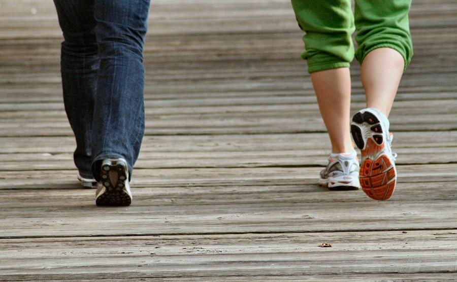 تاثیر کفش روی راه رفتن انسان