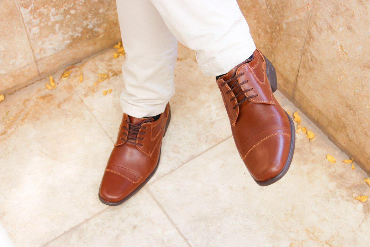 کفش های چرم طبیعی