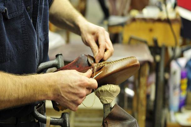 تولید کفش