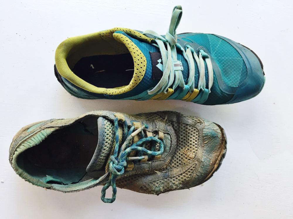 کفش های قدیمی-شهپر