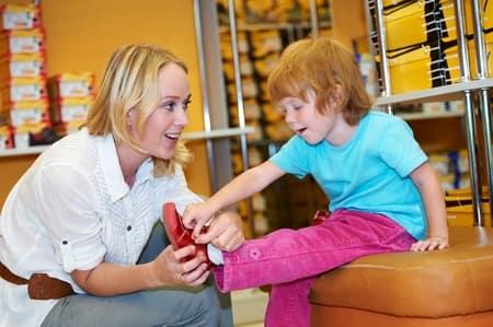 راهنمای خرید کفش کودکان - کفش شهپر