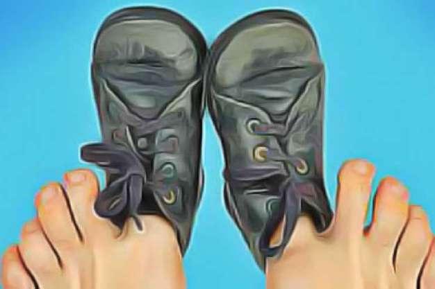 گشاد کردن کفش تنگ - کفش شهپر