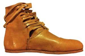 کفش های سربازان رومی - کفش شهپر