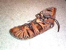 سربازان رومی - کفش شهپر