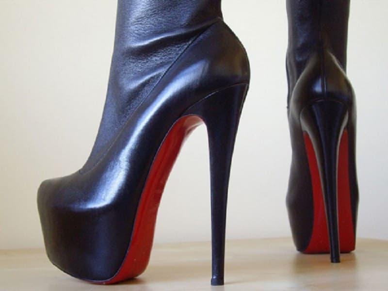 پاشنه کفش