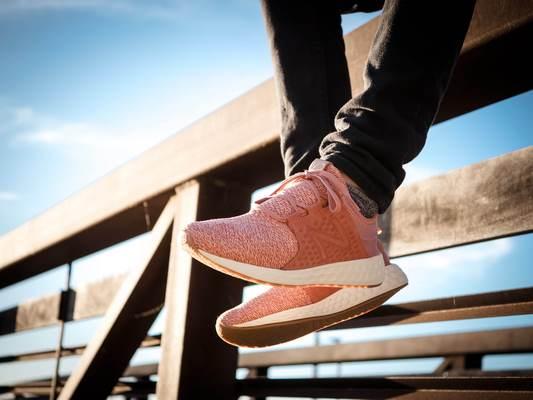 زمان مناسب برای تعویض کفش پیاده روی